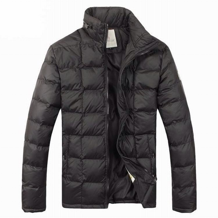 Moncler Gamme Bleu 04 Men Coats Brown