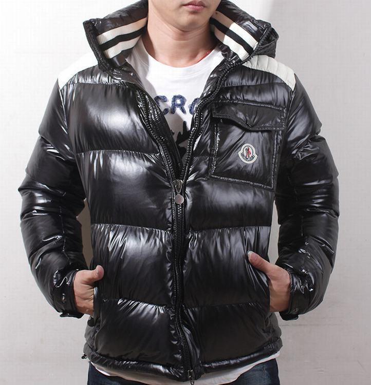 Moncler Outwear 07 Men Coats Black